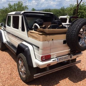 Mercedes-Maybach G 650 Landaulet (6)
