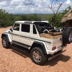 Mercedes-Maybach G 650 Landaulet (7)