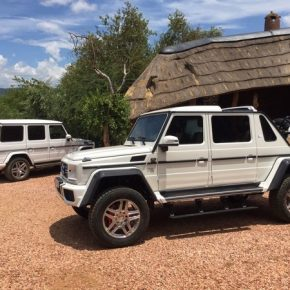 Mercedes-Maybach G 650 Landaulet (8)