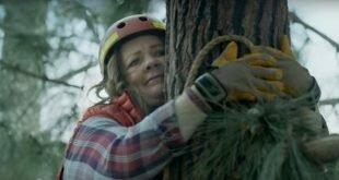 Невезучая Мелисса МакКарти или новая реклама гибридного «паркетника» Kia Niro