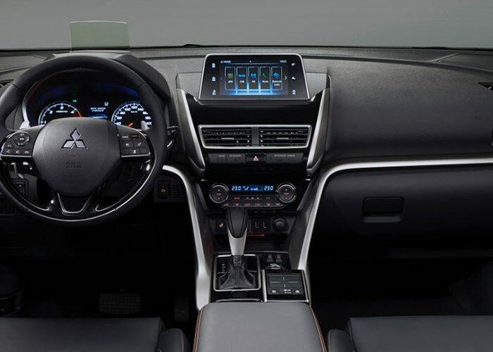 Mitsubishi Eclipse Cross 2018 (5)