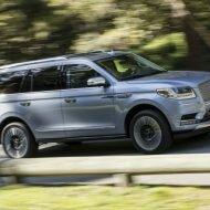 Lincoln Navigator 2019: подробности о дебюте обновленного внедорожника