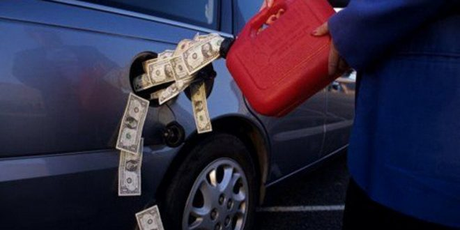 Названа реальная стоимость бензина