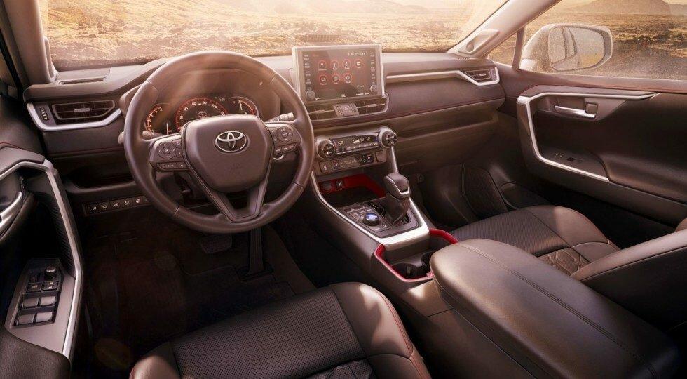 Toyota RAV4 TRD Off-Road: отличия и цена