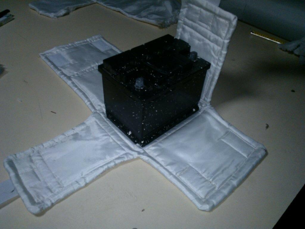 Утеплители для двигателя, акумулятора и радиатора.