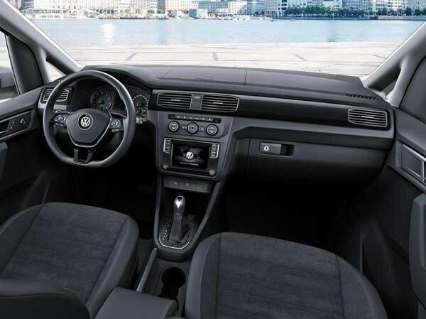Новый VW Caddy панель